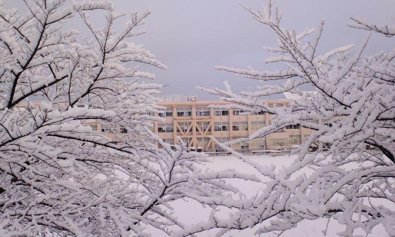 雪景色 長久手西小学校