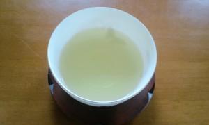 ほんのり黄色の桑の葉茶